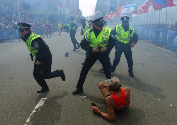 Police React to Boston Marathon Bombs